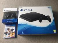 PlayStation 4, extra controller and game bundle!