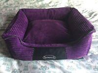 Scruffs Milan Medium Dog Memory Foam Box Bed