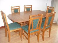 PINE EXTENDING KITCHEN/DINING TABLE AND 6 CHAIRS