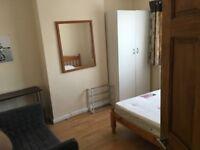 A Double room near Harrow&Wealdstone station also Harrow on the Hill cheap including bills, zone