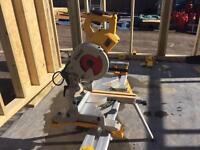DW777 LX 110v dewalt sliding mitre saw