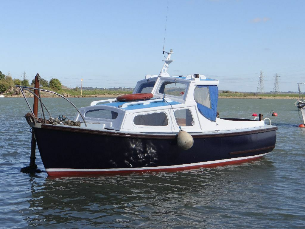 Boat for sale parkstone bay 21ft mitchell sea fishing for Fishing pontoons for sale