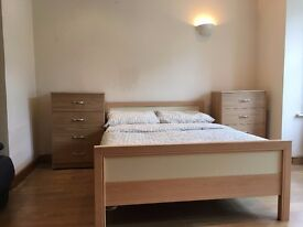 THE AMAZING DOUBLE ROOM IN WEMBLEY AVAILABLE NOW