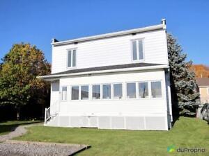 209 000$ - Maison 2 étages à vendre à Château-Richer