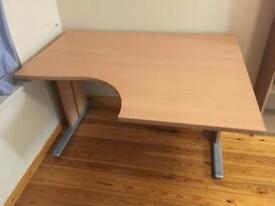 Solid desk