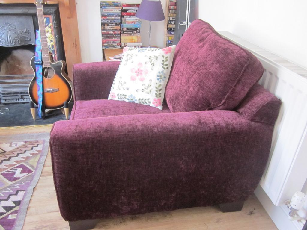 Purple velvet chenille armchair aubergine colour for Purple chenille sofa