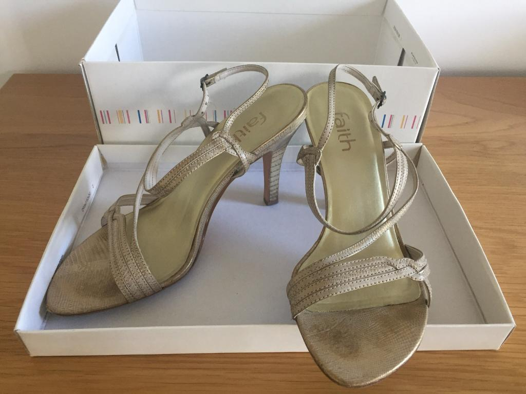 Faith 'Leglo' shoes in beige - size 5 (uk)
