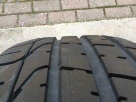 1 x Pirelli P Zero 255 35 20 tyre
