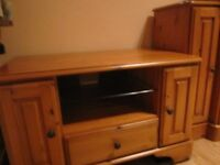 TV stand - Ducal pine