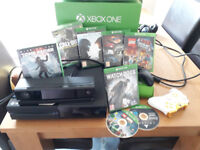 Mint condition XBOX ONE Bundle, Concole - Kinect, 2 controllers Plus selection of games