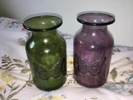 Set of two glass jars
