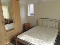 Nice Double Big room close to wallisdown refurbished house. All bills inc !! POKOJE DO WYNAJECIA