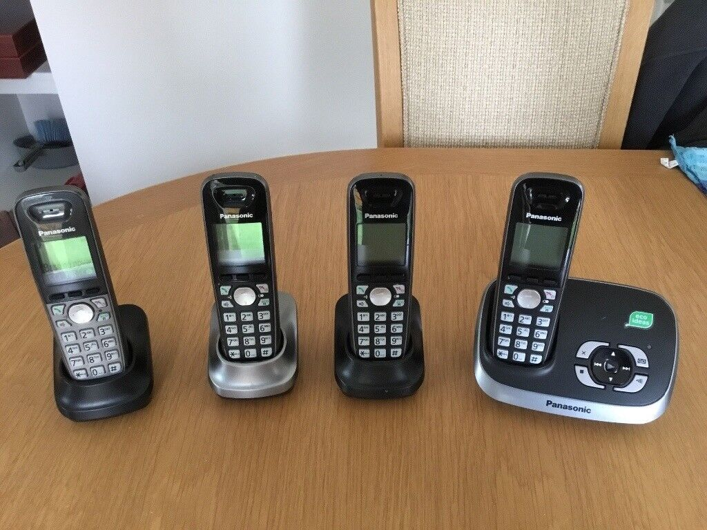 Set Of Panasonic Phones With Answerphone And Instructions In