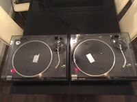 2 x Technics SL-1210MK2 SL1210 SL1200 DJ Decks Turntables