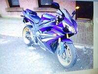 R1 yamaha 2007 for sale - 1000 miles