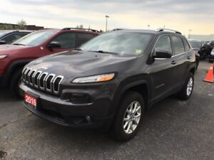 2016 Jeep Cherokee NORTH**4x4**8.4 TOUCHSCREEN**BACK UP CAM**
