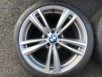 19 INCH BMW ALLOY WHEELS (GENUINE) WITH GOOD TYRES - SUIT 3 OR 4 SERIES