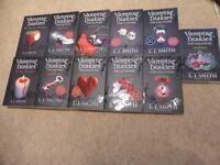 VAMPIRE DIARIES VOLUMES 1-13