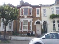 2 bed flat with separate kitchen and private garden on Harbut Road near Clapham Junction train.