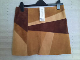 Ladies Brown REAL Suede Short Low Rise Skirt – Size 10 SMALL TOPSHOP New With Tags – Retro 70s style