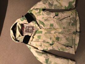 ladies ski jacket size s ( fantastic condition)