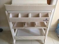 Babylon changing table & travel cot