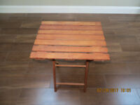 Small foldable wooden table £7.50 Price Drop Tel 07564918063 after 6pm.