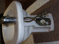 2nd hand bidet unit in white.