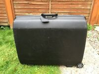 Large Samsonite Hard Suitcase for Sale