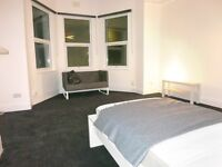 1 bedroom Bedsit with own kitchen - South East London travel zone 3