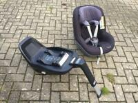Maxi Cosi two / 2 way isofix base and Pearl car seat