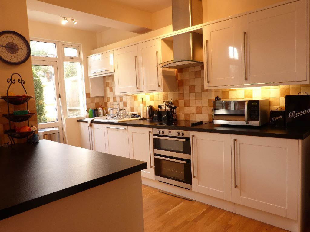 Ultra Modern Top Spec, Period House With Landscaped Private Garden