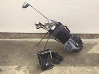 Full set of golf clubs, golf shoes and bag