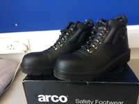 Brand New Safety Boots size 10! £15!