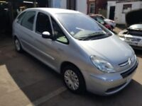 2004 citroen picasso 1.6 petrol,12MTH MOT,1 OWNER FSH.EXCELLENT CONDITION APART FROM N/S DAMAGE