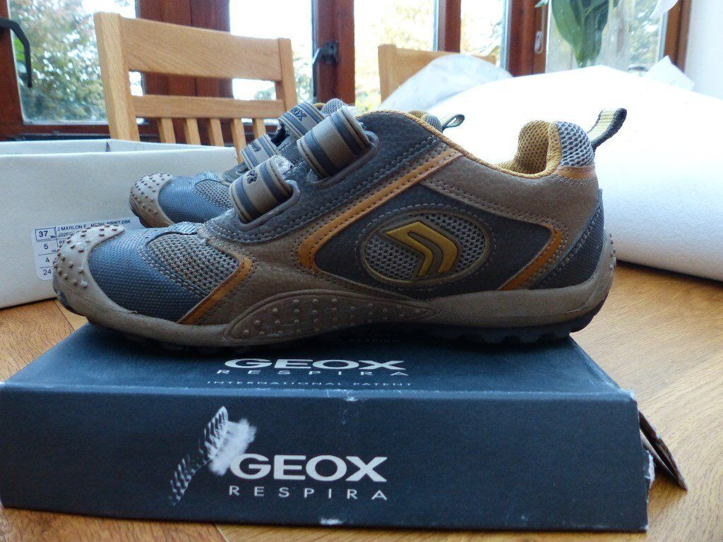 Boys Geox leather shoes