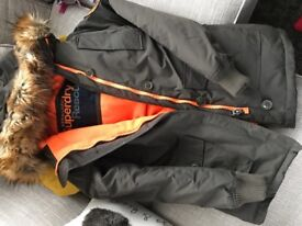 Ladi s Superdry Coat New Without Tags Size Medium