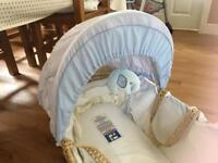 Toys r us /babies r us Moses basket with stand
