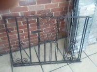 newbury railings and driveway gates