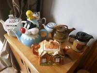 **5.00** A variety of Vintage Teapots