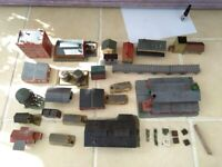 N gauge buildings/bridges there is a lot see photo's for sale  Ipswich, Suffolk