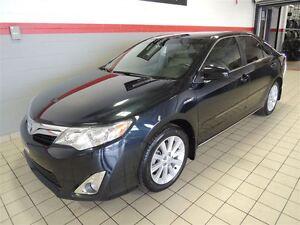 2013 Toyota CAMRY HYBRID XLE TOIT NAVI SEULEMENT 35000 KM