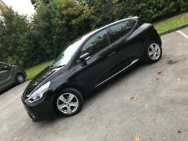 Renault Clio 1.2 top spec parking sensors sat Nav +++