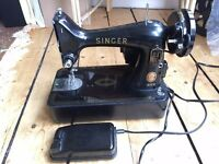 Vintage 1950s? electric Singer sewing machine + orig cover, in Good working order, collect from EH10