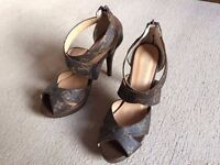 NEW Louis Vuitton ladies summer shoes in size 41