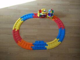 Train & Track kids toy