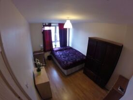 2 Double Room Same Property (Bow) AVAILABLE NOW