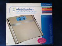 Weight Watchers 8988U Easy Read Glass Precision Body Analyser Scale