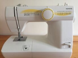 Toyota EC21 RS2000 sewing machine