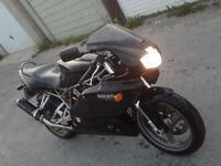 DUCATI 750 SS 2002 BLACK MATT LOW MILAGE